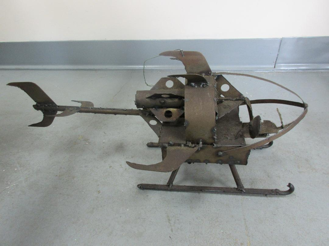 Photo-3--Helicopter-made-from-Corvair-discarded-metal.jpg